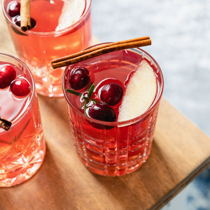 collagen-infused cranberry mocktail recipe