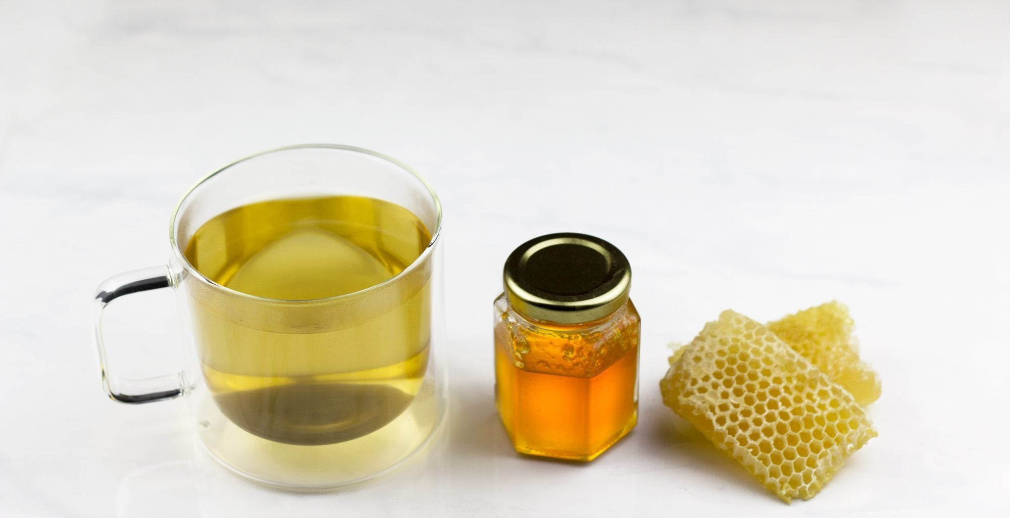 honey is a great option when eating foods for allergies