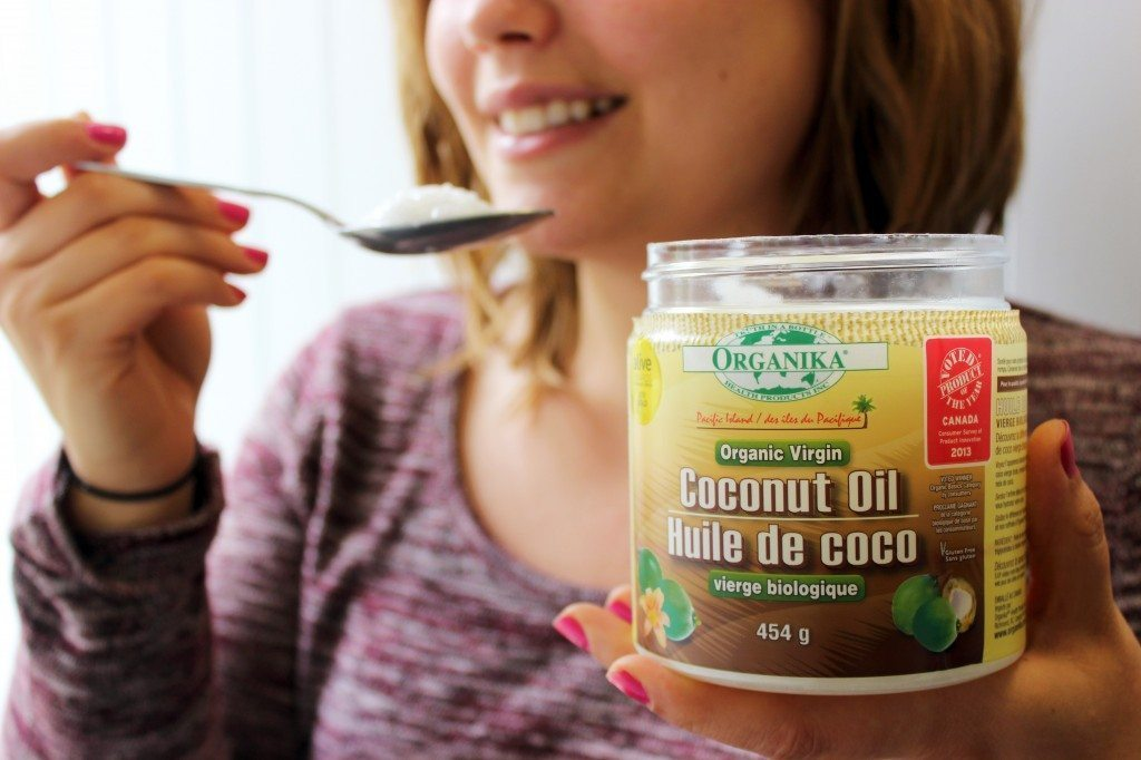 oil on a spoon for oil pulling