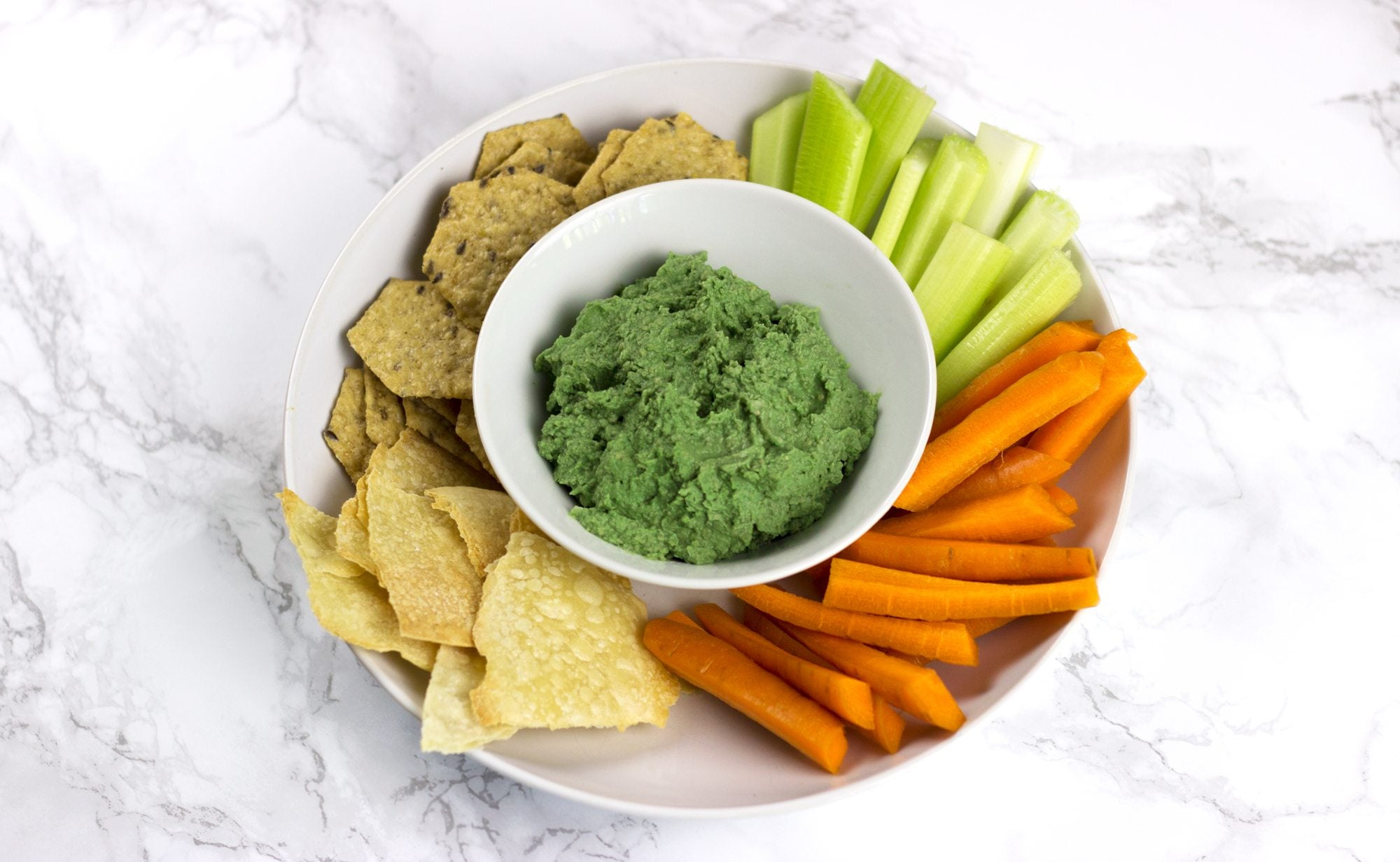 hummus nutrition includes protein fiber and healthy fats | spirulina hummus
