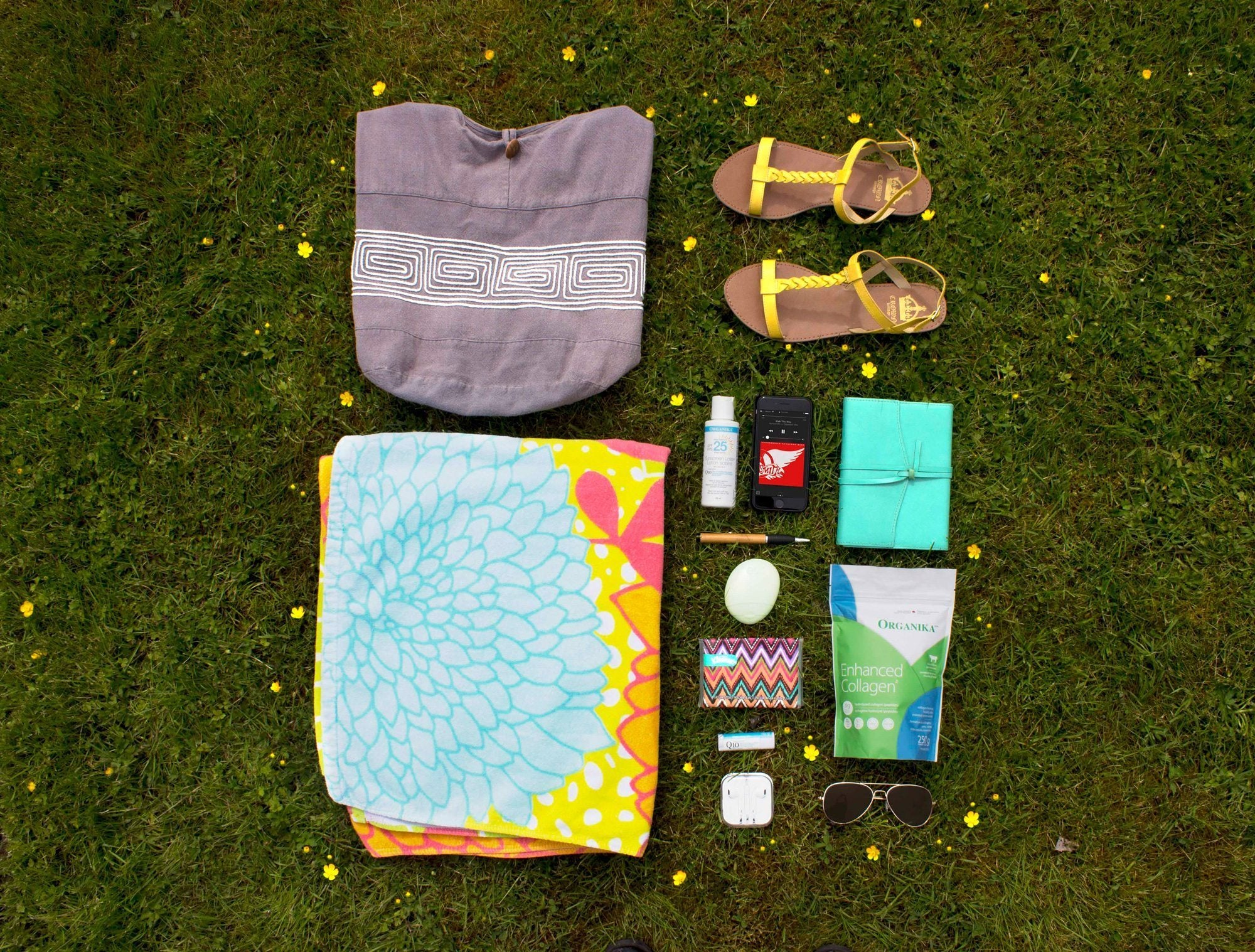 Sunscreen_Savvy_packing_flowers