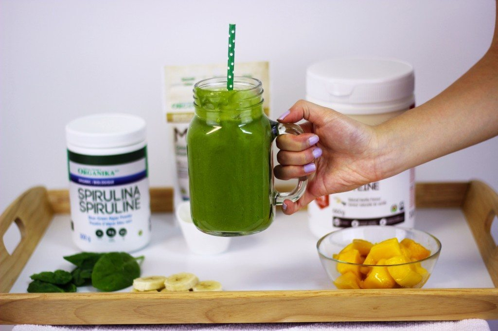 Green Retreat Smoothie dripping down the side