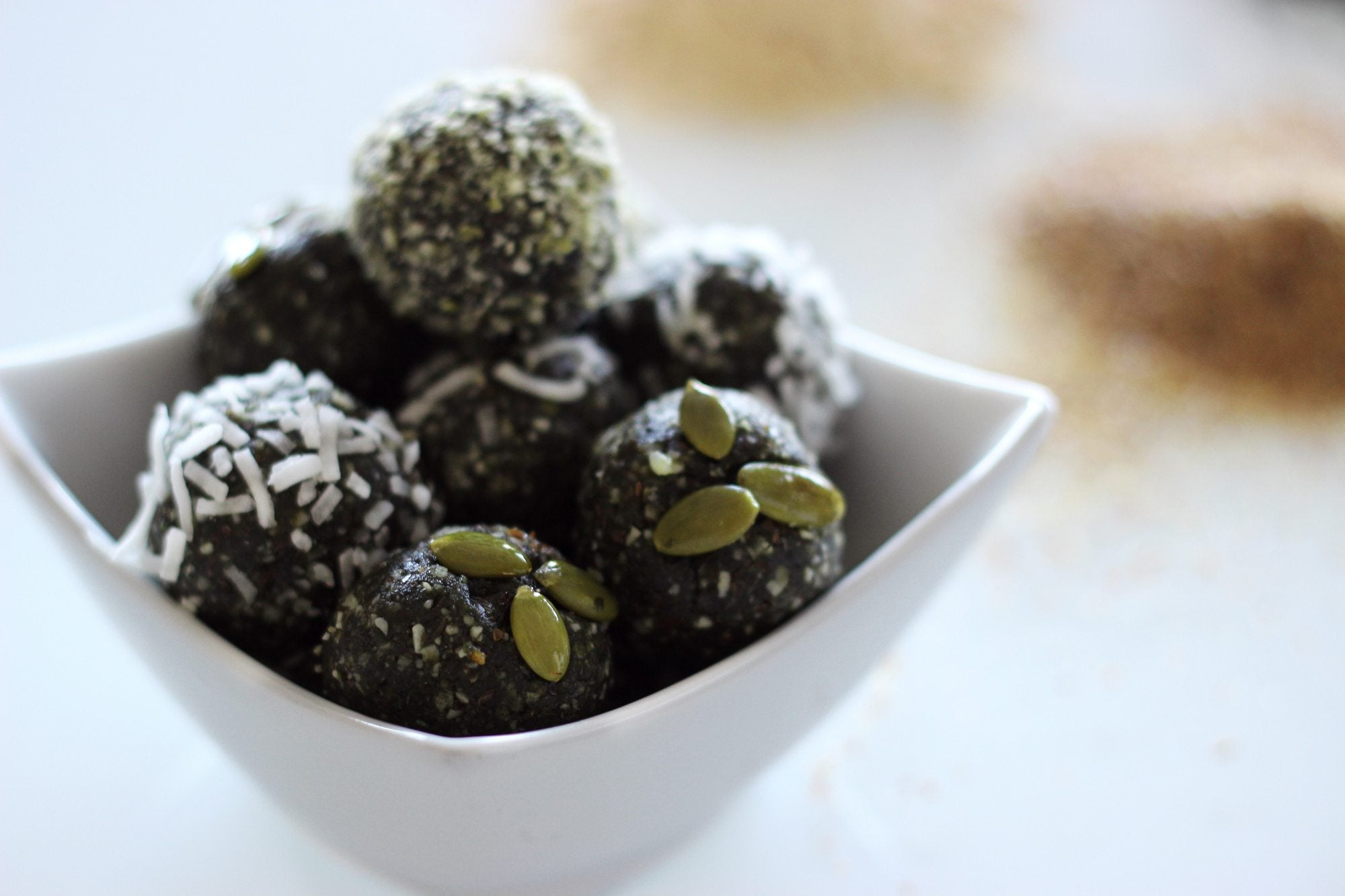 spirulina globes are a delicious way to get the benefits of spirulina in