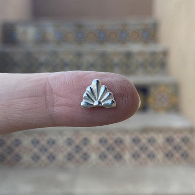 silver talavera tile casting on finger