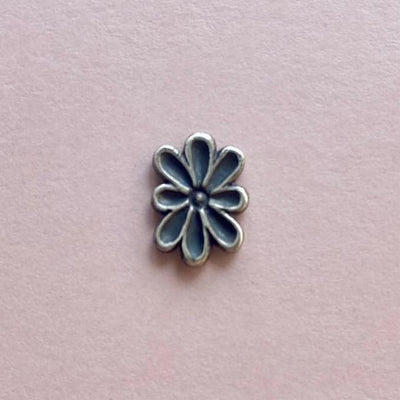 Oval Flower 13mm