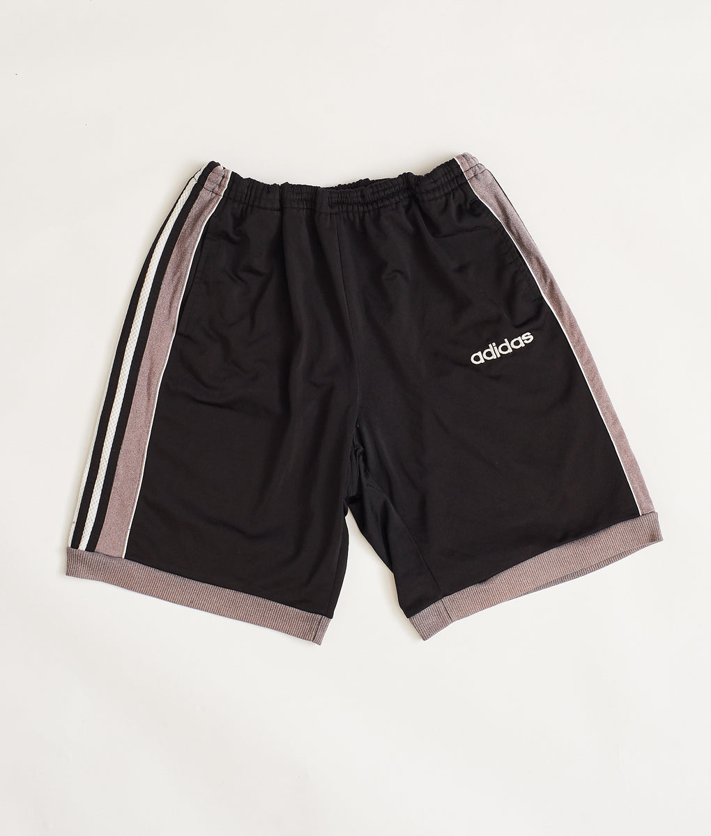 Adidas Sports Shorts (L) - FROTHLYF