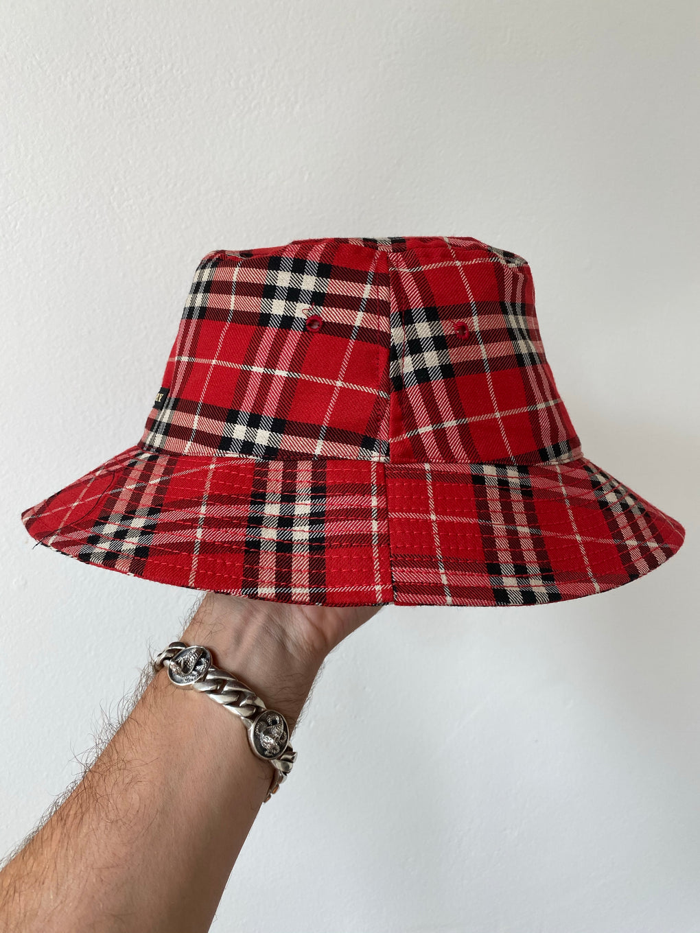 BURBERRY BUCKET HAT - FROTHLYF