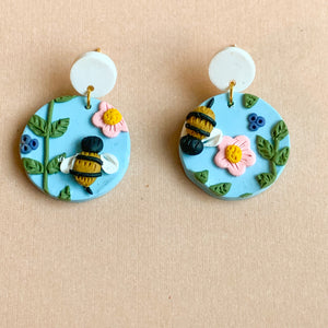 Honey Bee Earrings (circle)