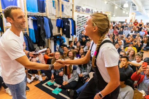 Colleen Quigley meets Dan Fitzgerald at Heartbreak Hill Running Company in Chicago before a Q&A in front of a live audience Chicago Marathon weekend (2019).