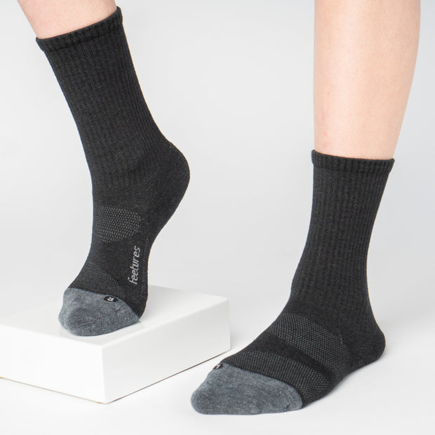 Feetures Merino 10 Cushion Crew Socks