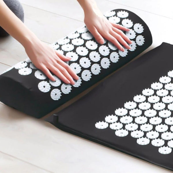 black color Acupressure Mat And Pillow