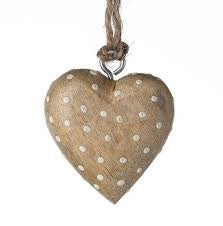 20 PI Wooden Dotty Hearts