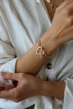 Load image into Gallery viewer, Pure - Link and Heart Silver Bracelet
