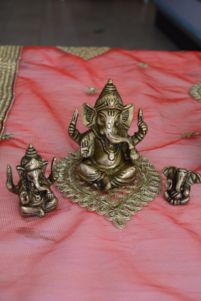 Ganesha in bronze variations