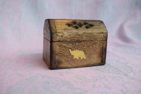 Treasure-chest cone incense burner
