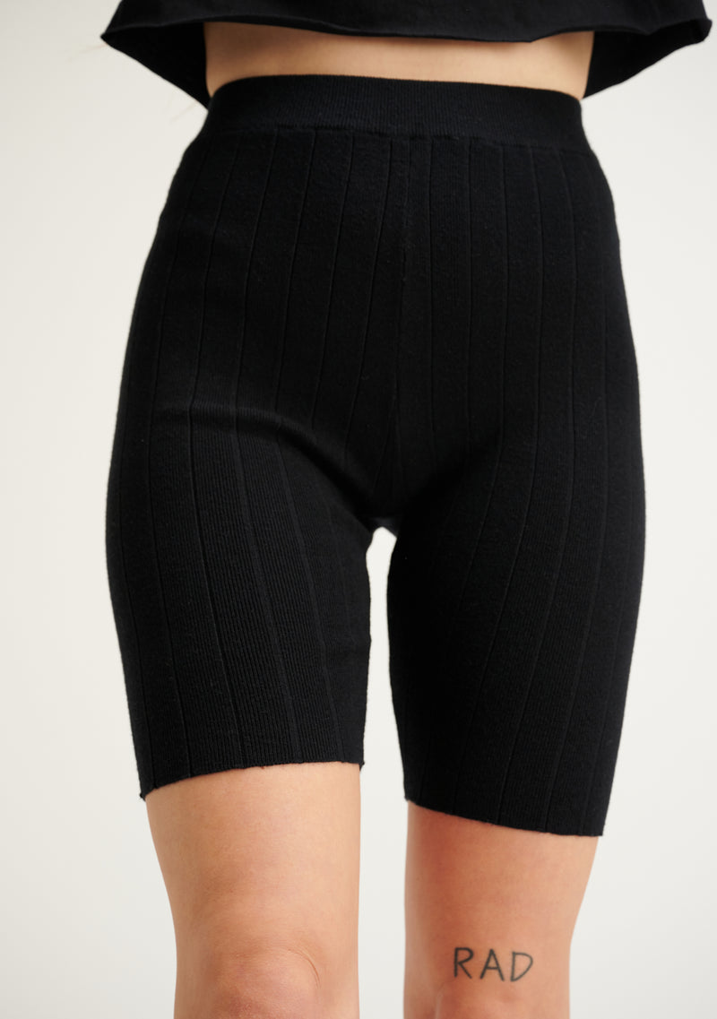 Wide Ribbed Biker Shorts