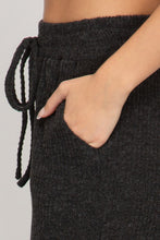 Load image into Gallery viewer, MERROW STITCH RIB KNIT CULOTTES