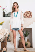 Load image into Gallery viewer, [Plus] Floral Pattern Embroidery Lace Top