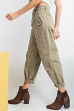 Load image into Gallery viewer, WASHED TWILL MOM JEANS