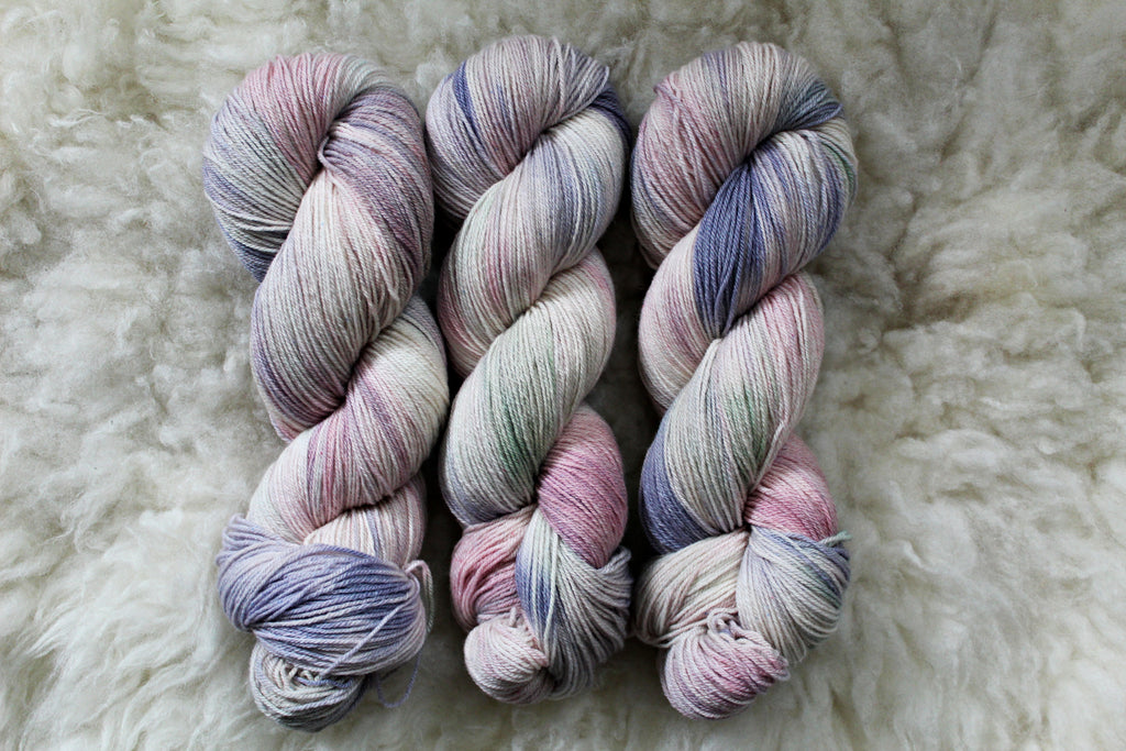 Pearl Aesthetic - Merino Tencel Sock - Fingering Yarn - Non-Superwash