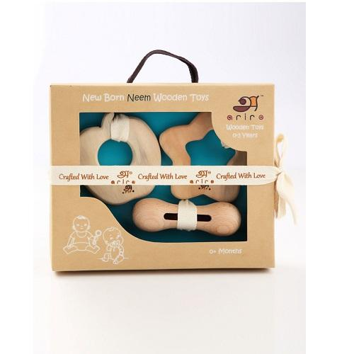 Buy Ariro New Born Gift Set - GiftWaley.com
