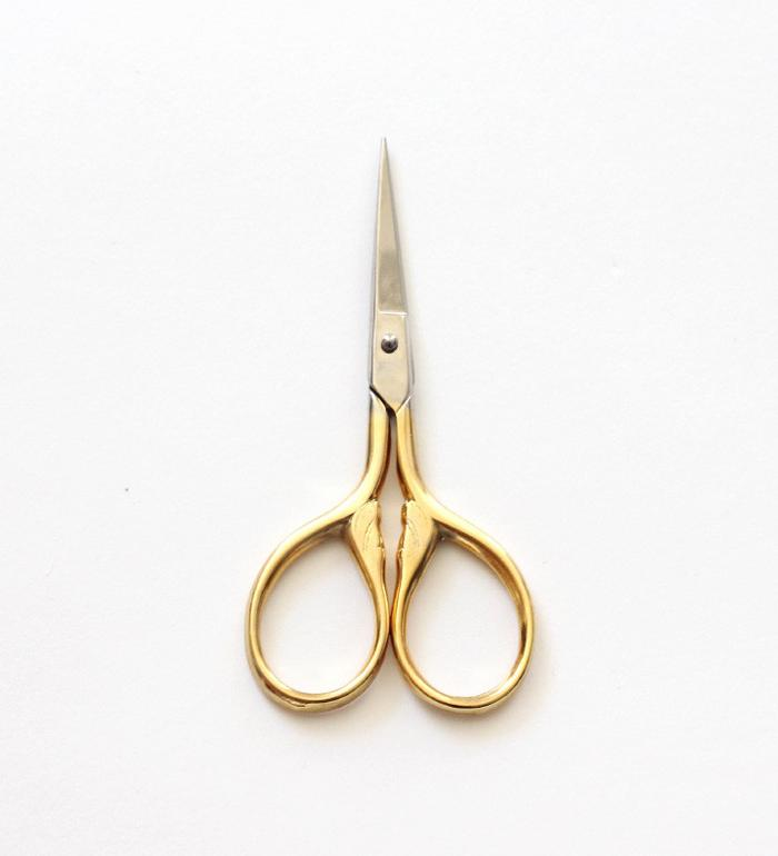 Small Lion Tail Scissors, Studio Carta