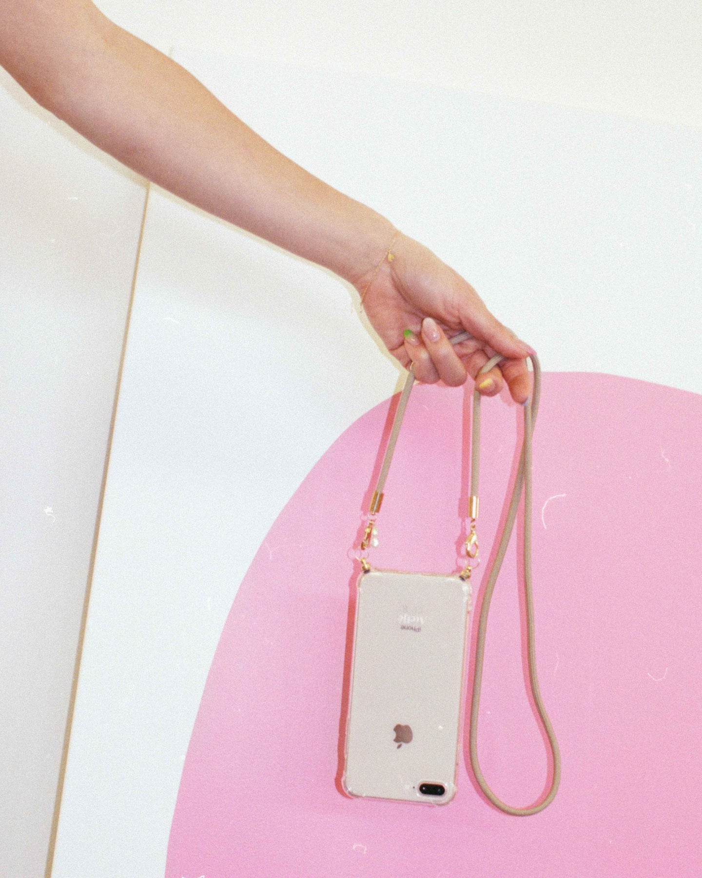 PRE-ORDER / Phone case with recycled beige cord and short pearl chain