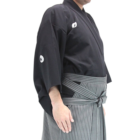 Side view of the kimono dogi when worn.
