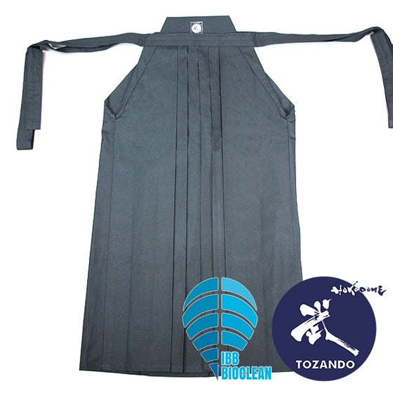 Full view of the Sayaka hakama.