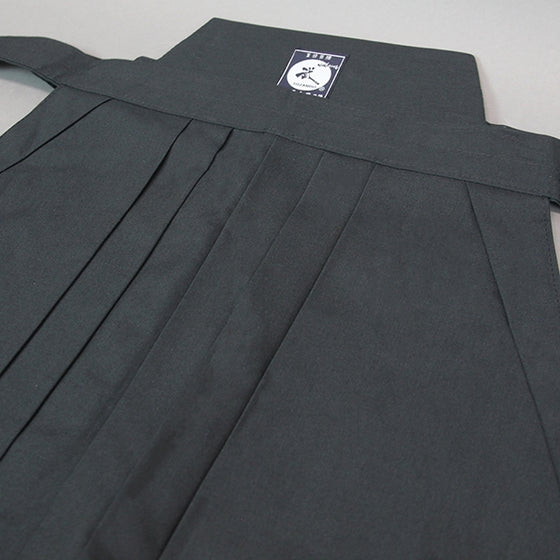 Close-up of the upper part of the hakama.