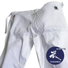 Ume aikido pants front view