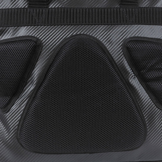 Close-up of the soft padding on thecarrying side.