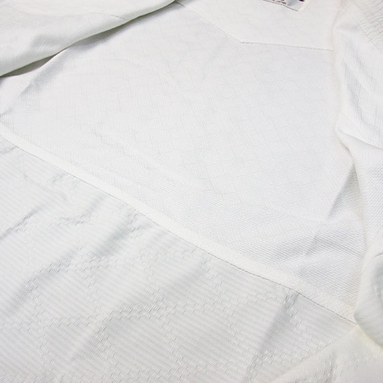 Hourai Lightweight Anti-Bacterial Aikido Gi fabric detail 2