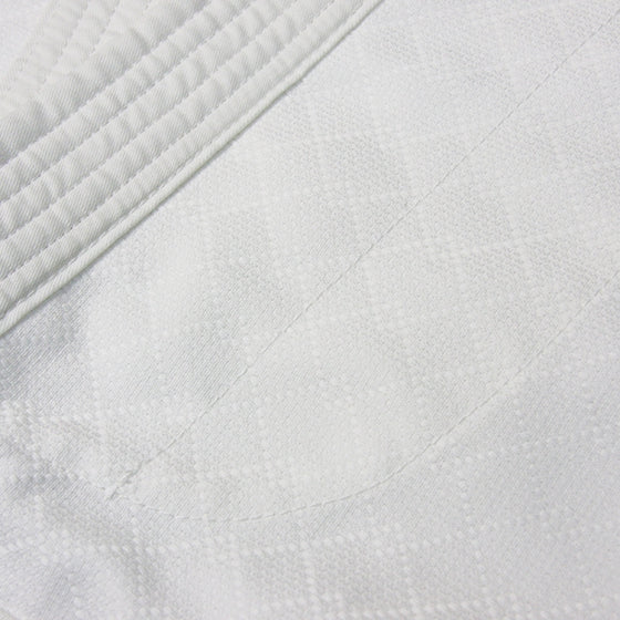 Hourai Lightweight Anti-Bacterial Aikido Gi fabric detail 3