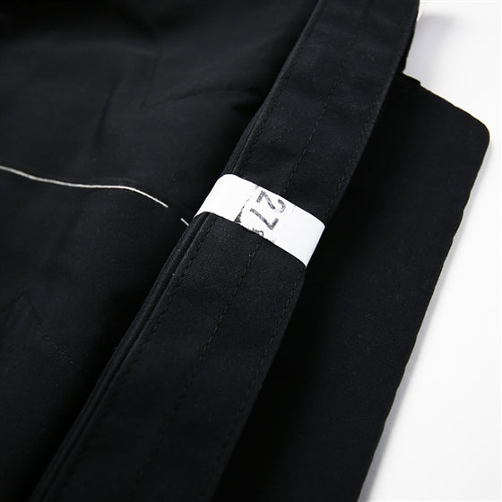 Close-up of the obi when folded.