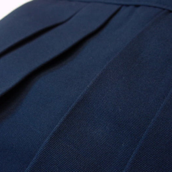 Navy hakama, front pleats side on view.