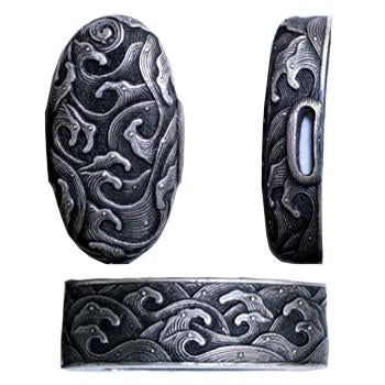 Full view of the silver-plated brass hiranami fuchi and kashira.