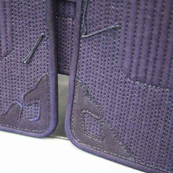 Close-up of the deerskin sumikawa on the odare.