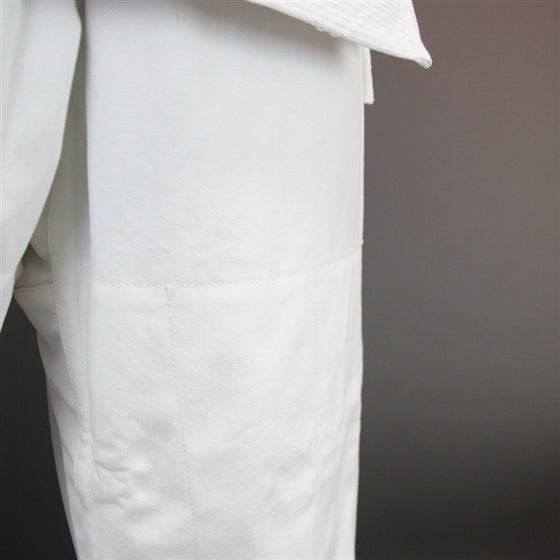 Close-up of the double lining from the thigh down.