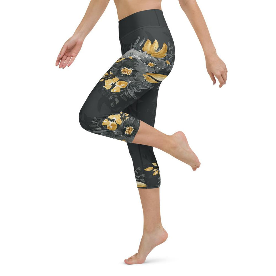 flora-yoga-capri-leggings-gray-floral-leggings-for-women