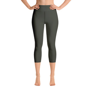 neutral-woman-chic-olive-green-capri-leggings-yoga
