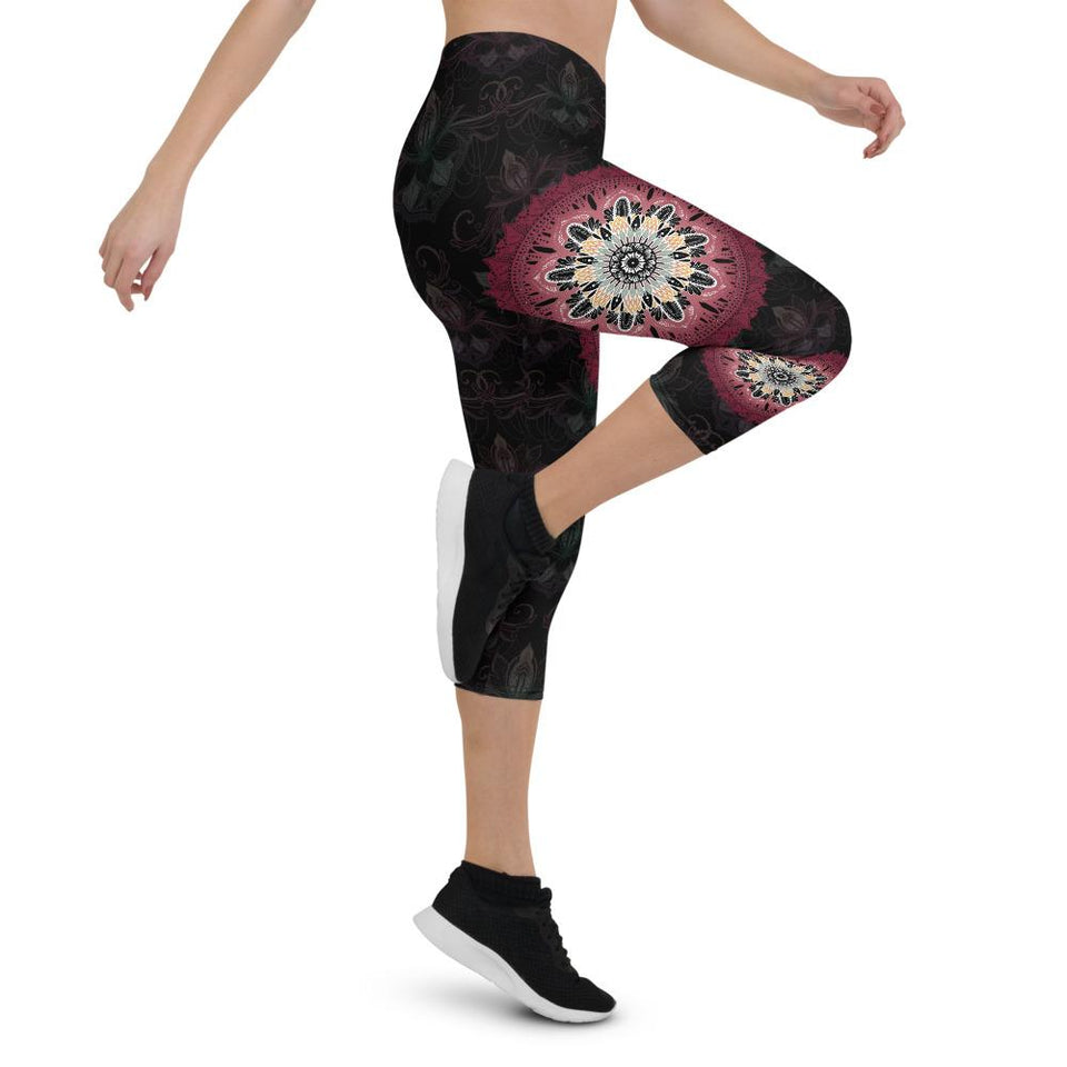 black-and-redish-pink-mandala-chic-urban-capri-leggings-shop-women
