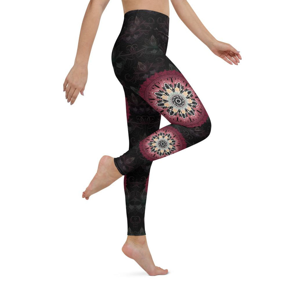 black-mandala-chic-yoga-leggings
