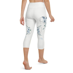 roses-floral-capri-leggings-for-women-2