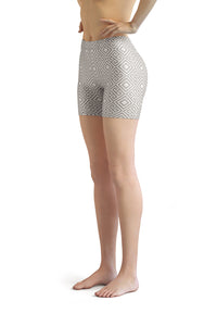 clarity-geometric-white-grey-elegant-chic-urban-shorts