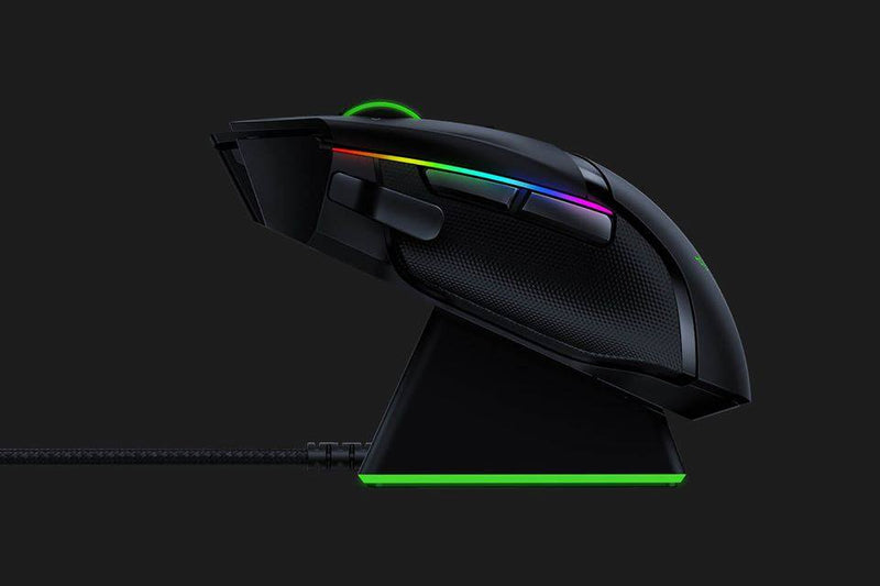 RAZER BASILISK ULTIMATE WIRELESS GAMING MOUSE WITH CHARGING DOCK
