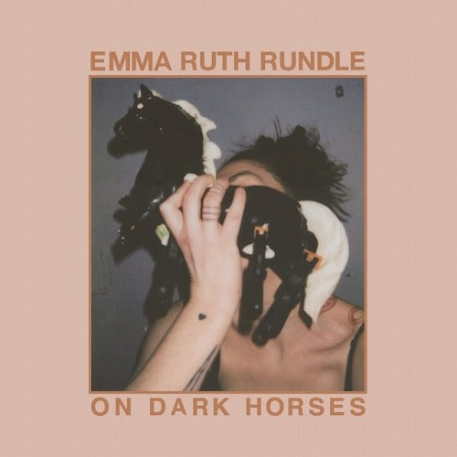 Emma Ruth Rundle / On Dark Horses