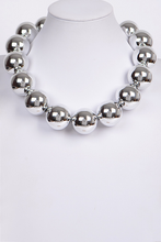 Load image into Gallery viewer, Large Bead Necklace