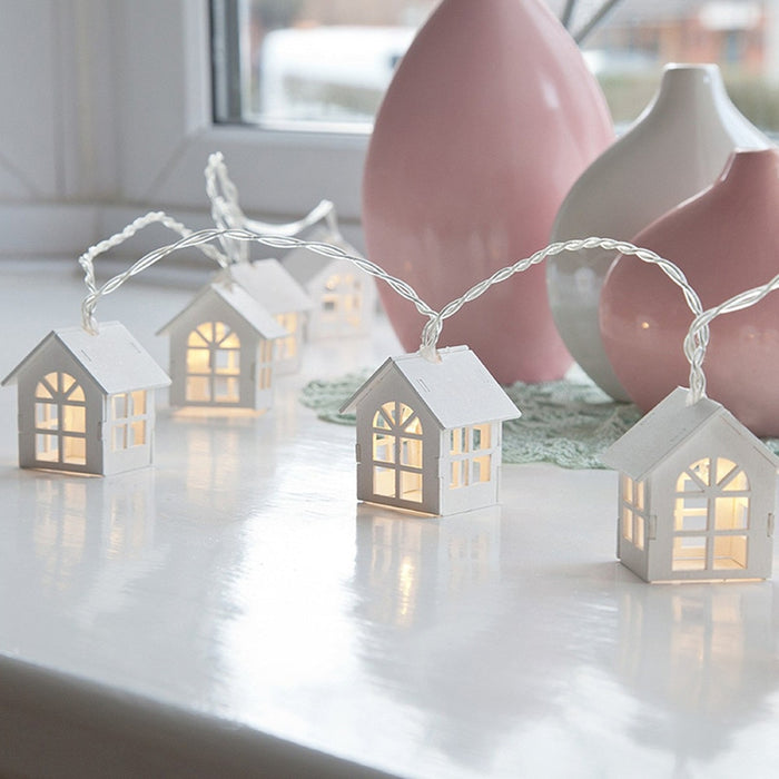 LED Holiday String Light Garland of a Wood House-Home-humblys.com