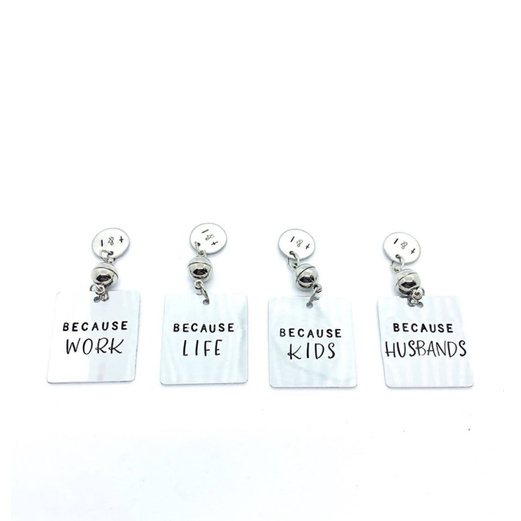 Set of 4 stemless wine charms - Because set